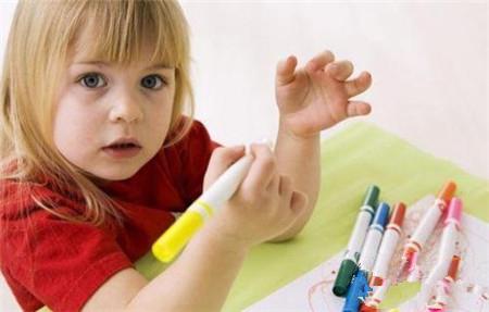 孩子注意力不能集中.jpg