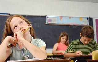 学生上课注意力不集中.jpg